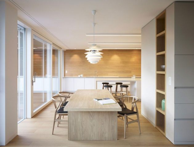 wooden Two-story contemporary home (10)