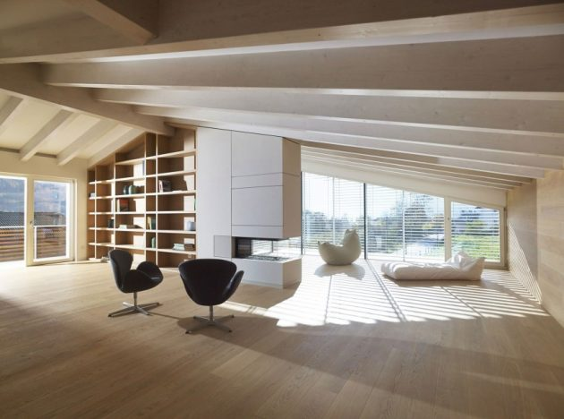 wooden Two-story contemporary home (3)
