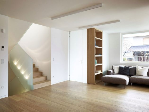 wooden Two-story contemporary home (5)