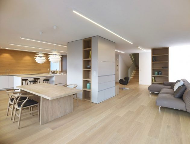 wooden Two-story contemporary home (6)