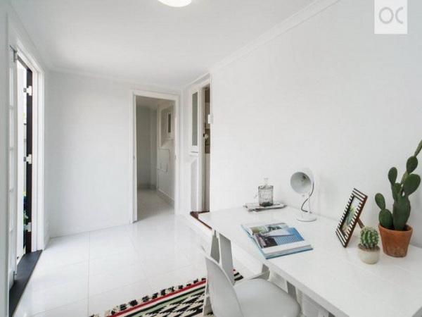 1-storey-cozy-stone-house-14