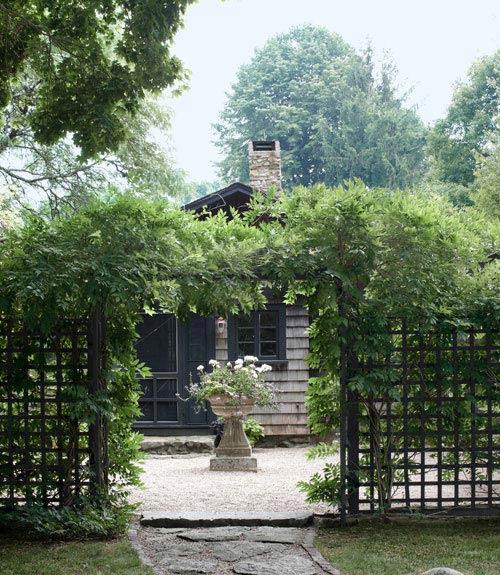 15-landscape-in-front-yard-ideas-28
