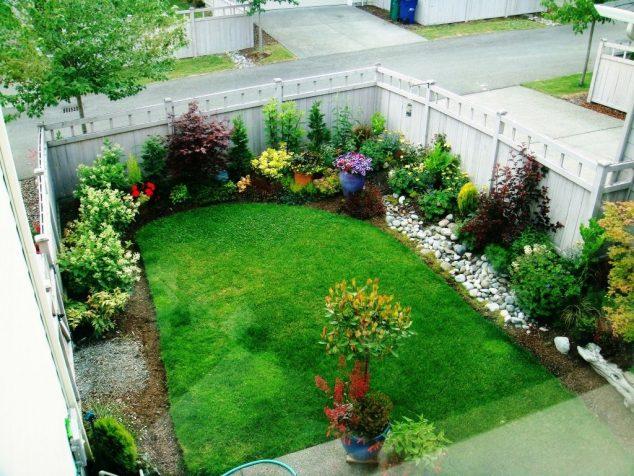 15-landscape-in-front-yard-ideas-4