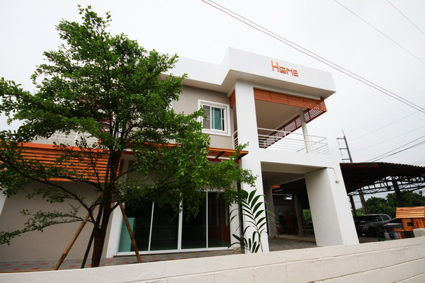 1m-2-storey-modern-house-review-20