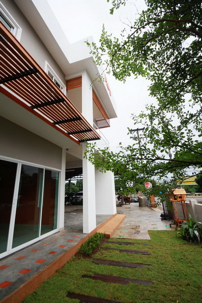 1m-2-storey-modern-house-review-29