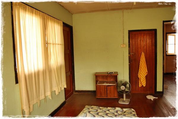 2-storey-contemporary-house-renovation-review-25