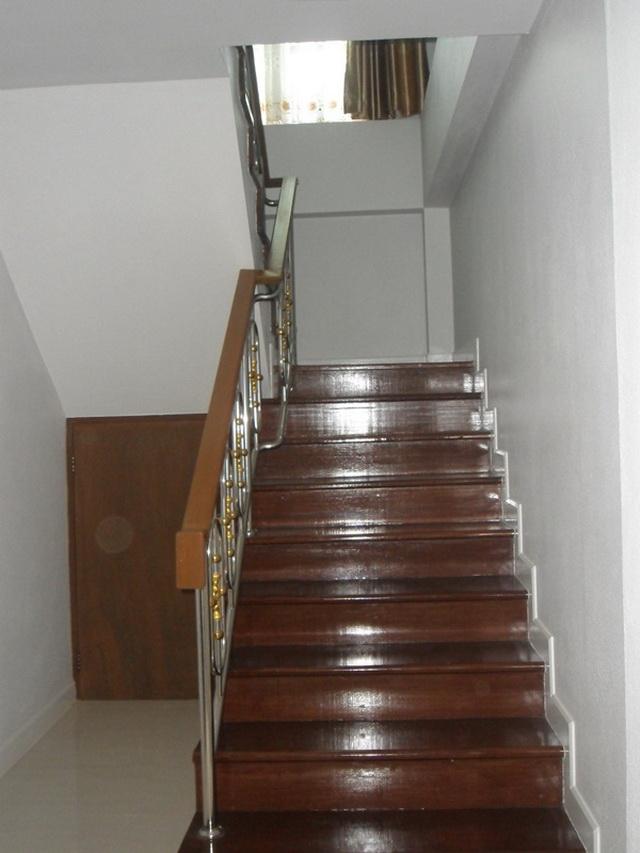 2-storey-cozy-contemporary-house-reivew-10