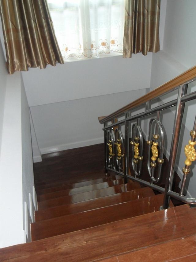 2-storey-cozy-contemporary-house-reivew-19