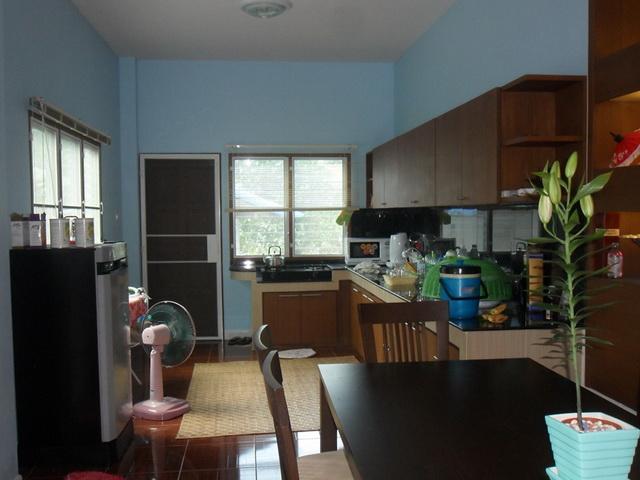 2-storey-cozy-contemporary-house-reivew-21