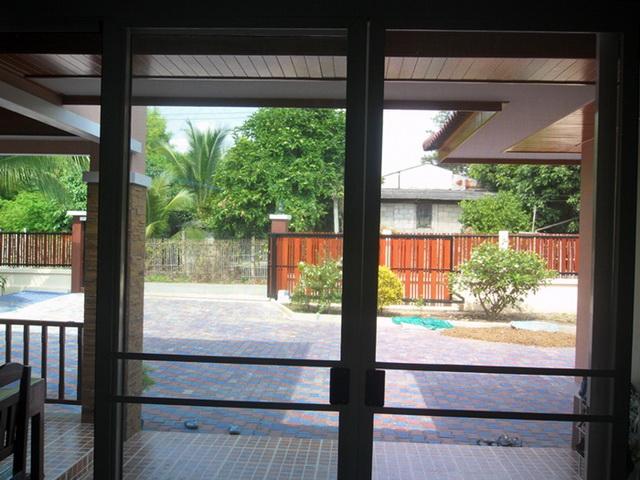 2-storey-cozy-contemporary-house-reivew-24