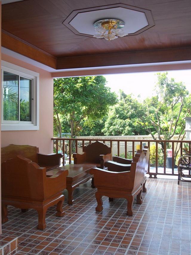 2-storey-cozy-contemporary-house-reivew-26
