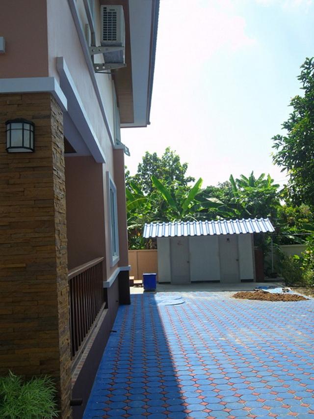 2-storey-cozy-contemporary-house-reivew-31