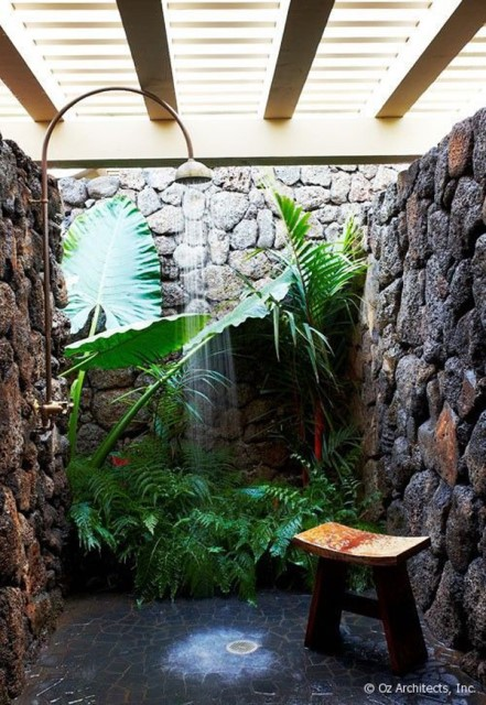 30-tropical-outdoor-showers-13