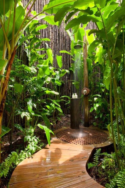 30-tropical-outdoor-showers-20