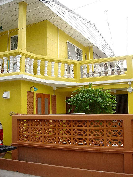 30-yrs-yellow-house-renovation-review-61