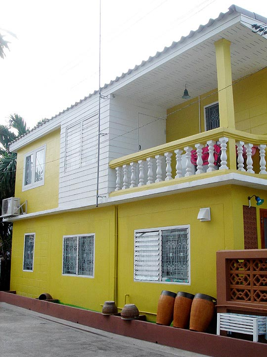 30-yrs-yellow-house-renovation-review-62