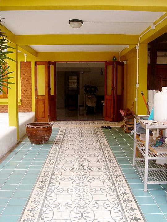30-yrs-yellow-house-renovation-review-63