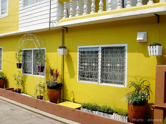 30-yrs-yellow-house-renovation-review-70