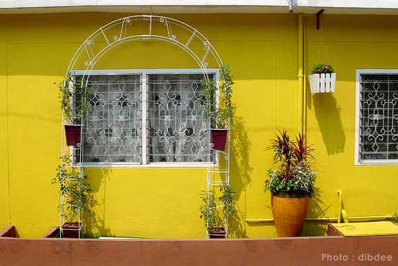 30-yrs-yellow-house-renovation-review-72