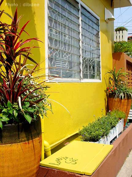 30-yrs-yellow-house-renovation-review-74