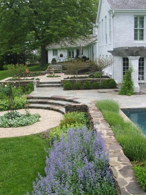 32-rustic-patio-designs-18