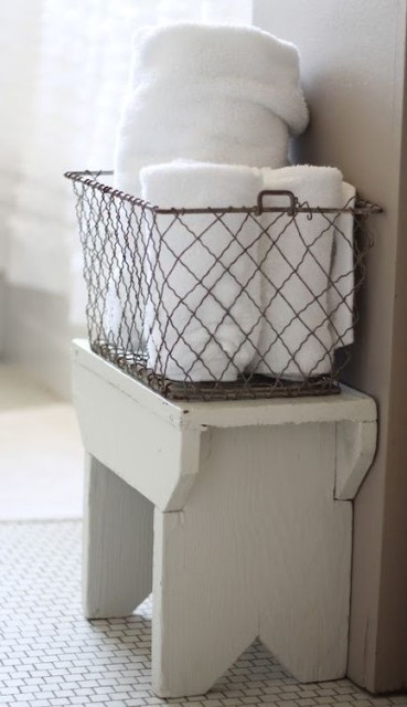 33-diy-old-wire-baskets-12