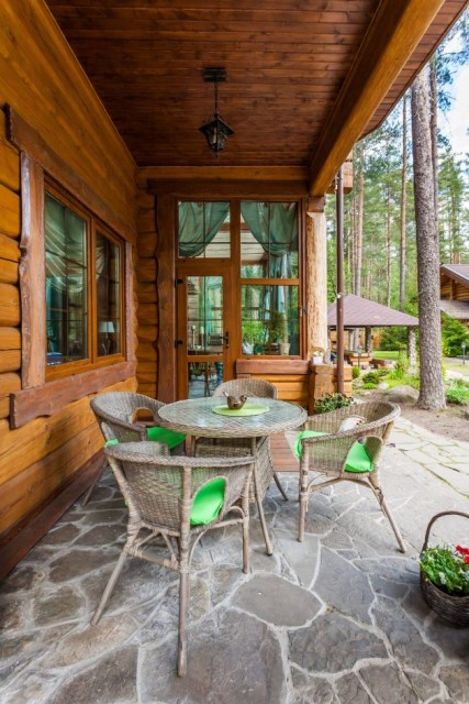 34-rustic-porch-design-2