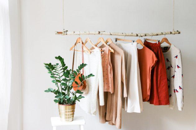 55-clothing-rail-designs-13