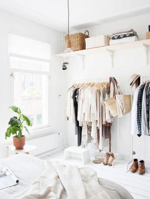 55-clothing-rail-designs-28