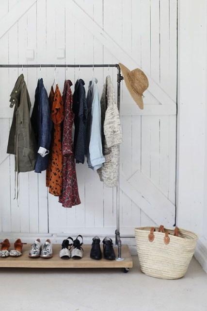 55-clothing-rail-designs-34