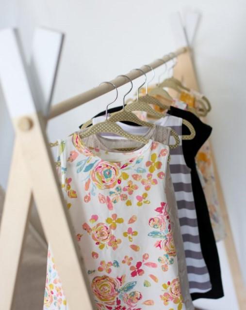 55-clothing-rail-designs-5