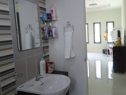 700k-small-cozy-contemporary-house-in-khonkaen-review-65