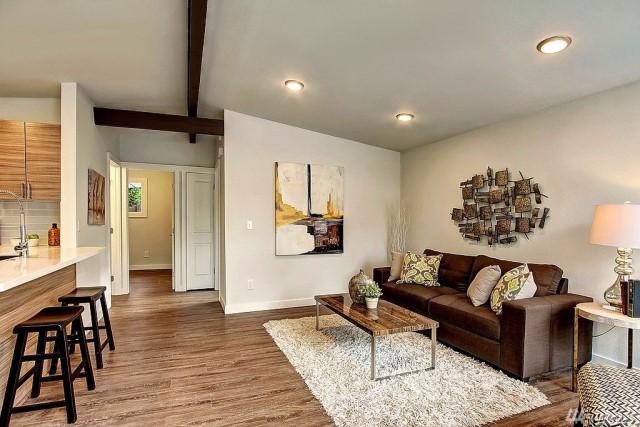 contemporary-home-gray-tone-2-bedroom-1-bathroom-with-shady-garden-5