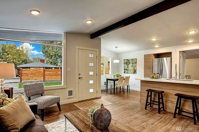 contemporary-home-gray-tone-2-bedroom-1-bathroom-with-shady-garden-6