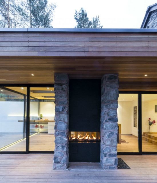 contemporary-villa-material-of-wood-steelframe-16