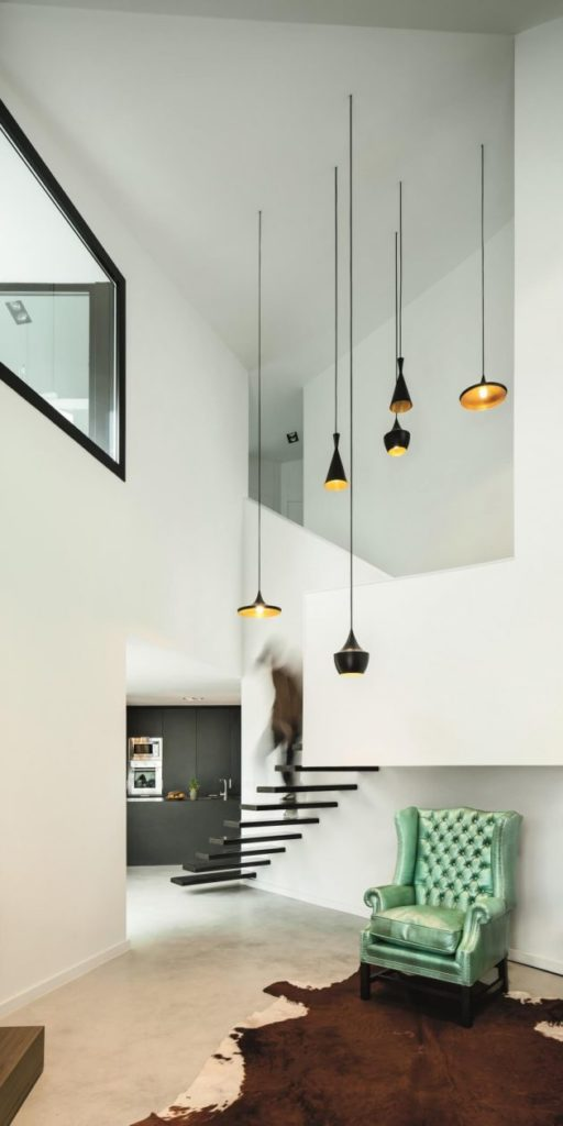 modern-home-modern-shapes-and-minimal-materials-3