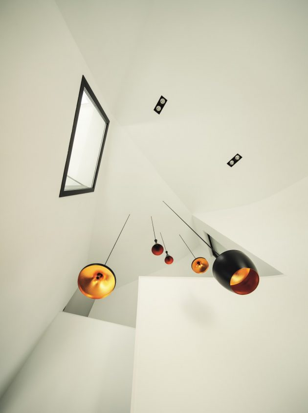 modern-home-modern-shapes-and-minimal-materials-6