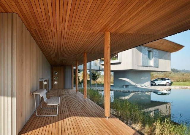 two-story-house-on-stilts-modern-style-14