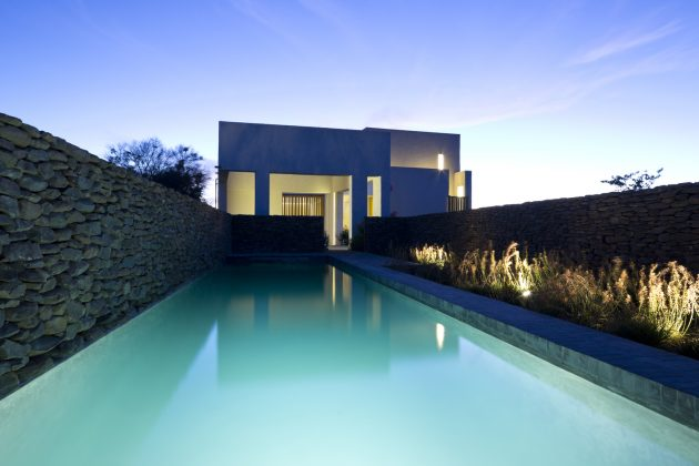 villas-house-with-swimming-pools-on-the-hill-12