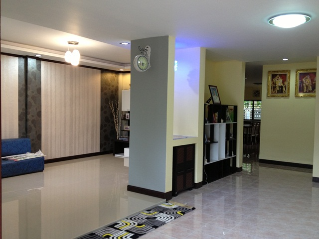 amature-redecorate-house-for-mom-review-36