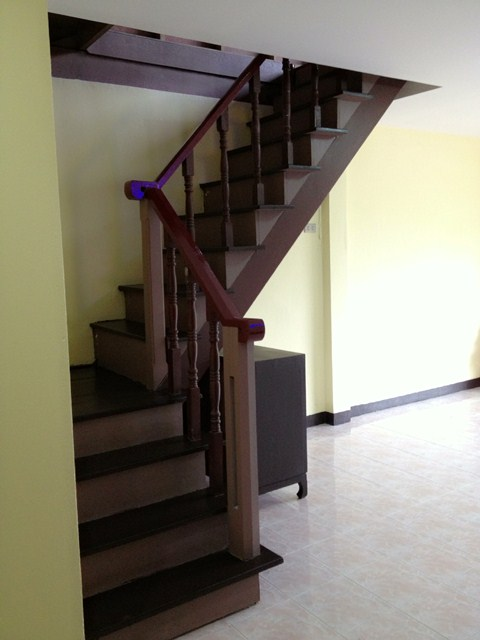 amature-redecorate-house-for-mom-review-52