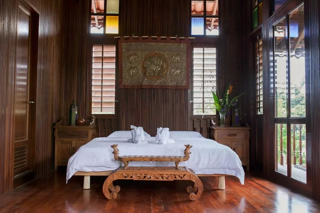 contemporary-thai-wooden-house-6