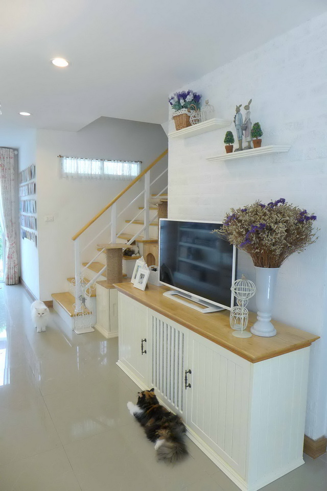 english-cottage-interior-house-review-9