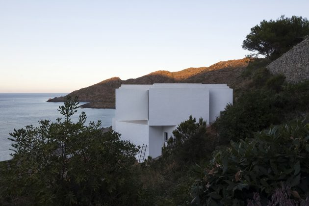 holiday-house-on-the-hill-modern-style-mood-of-mediterranean-10