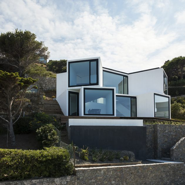 holiday-house-on-the-hill-modern-style-mood-of-mediterranean-11