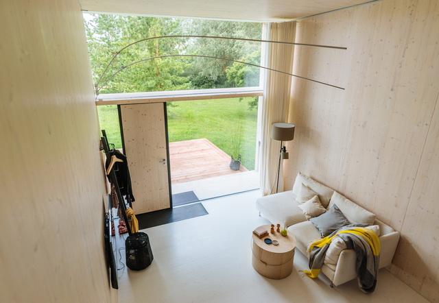 koda-modern-minimal-solar-powered-house-7