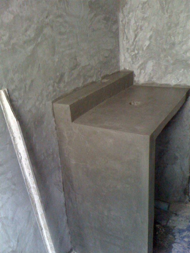 small-concrete-bathroom-review-39