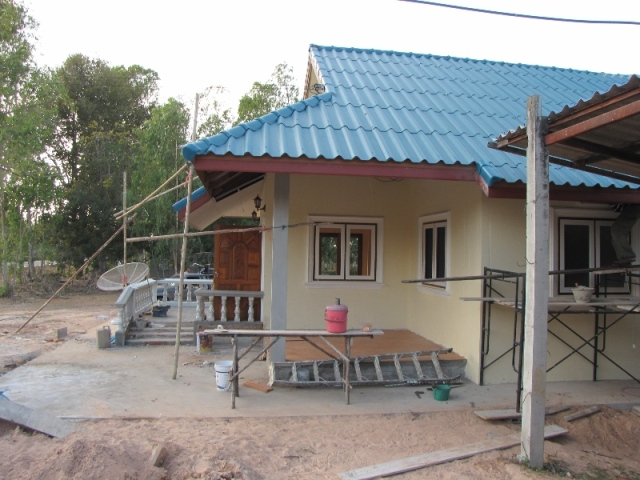 small-contemproary-cozy-house-review-30