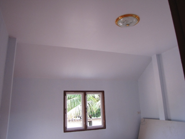small-contemproary-cozy-house-review-37