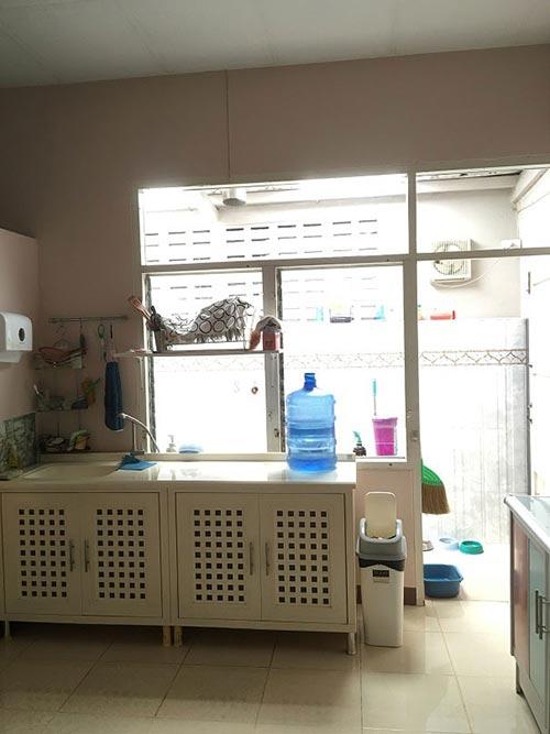 townhouse-concrete-counter-kitchen-renovation-1